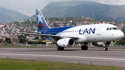 A picture of CCCQL - Airbus A319132 - LATAM Airlines - © Aldo Martinelli