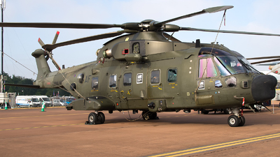 ZK001 - Agusta-Westland Merlin HC.3A - United Kingdom - Royal Navy