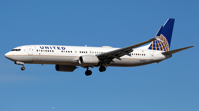 N69885 - Boeing 737-924ER - United Airlines