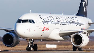 A picture of HBIJN - Airbus A320214 - Swiss - © Robert Dumitrescu