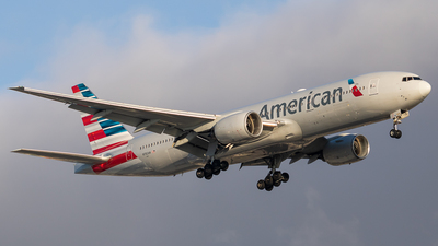 A picture of N782AN - Boeing 777223(ER) - American Airlines - © fachetti_spotter