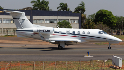 A picture of PPEMO - Embraer Phenom 300 - [50500110] - © Marcos Vinicius - SBBR