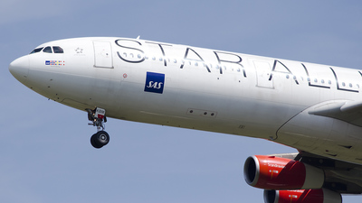 OY-KBM - Airbus A340-313X - Scandinavian Airlines (SAS)