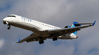 A picture of N535GJ - Mitsubishi CRJ550 - United Airlines - © Alex Crail