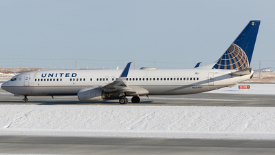 N35407 - Boeing 737-924 - United Airlines