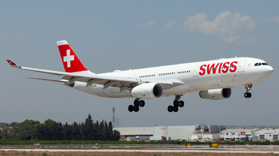 A picture of HBJHD - Airbus A330343 - Swiss - © Espinosa