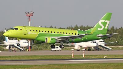 A picture of VQBYE - Embraer E170STD - S7 Airlines - © Airyura