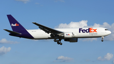 A picture of N162FE - Boeing 7673S2F(ER) - FedEx - © DJ Reed - OPShots Photo Team