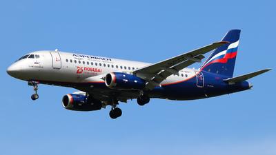 A picture of RA89017 - Sukhoi Superjet 10095B - Aeroflot - © Vitaly Revyakin