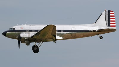 N341A - Douglas DC-3 - Private