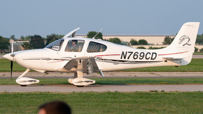 A picture of N769CD - Cirrus SR22 - [0932] - © MICHAELWang