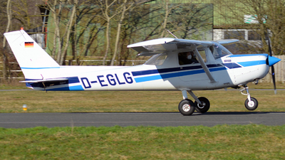 D-EGLG - Reims-Cessna F152 - Private