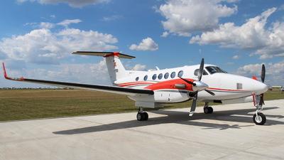 SP-URS - Beechcraft B200GT King Air 250 - Private
