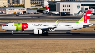 A picture of CSTJO - Airbus A321251NX - TAP Air Portugal - © Lars Kaemena