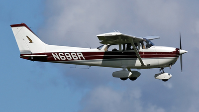 N696R - Cessna 172M Skyhawk - Private