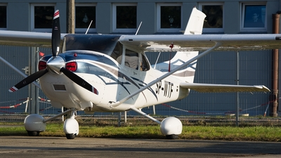 SP-WTF - Cessna T182T Skylane TC - Private