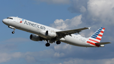A picture of N152UW - Airbus A321211 - American Airlines - © DJ Reed - OPShots Photo Team