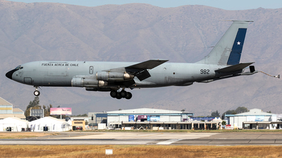 982 - Boeing KC-135E Stratotanker - Chile - Air Force