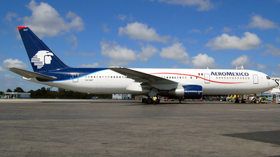 XA-MAT - Boeing 767-3Y0(ER) - Aeroméxico