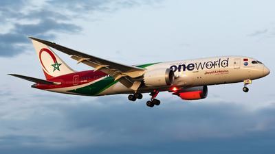 A picture of CNRGB - Boeing 7878 Dreamliner - Royal Air Maroc - © Hongyu Wang