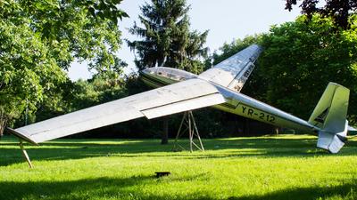 YR-212 - Let L-13 Blanik - Romanian Airclub