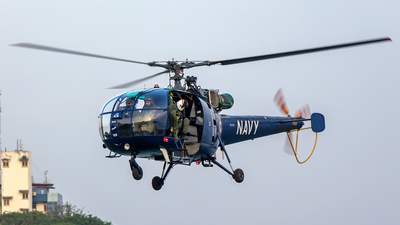 IN414 - Hindustan Aeronautics SA 316B Chetak - India - Navy
