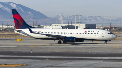 A picture of N3747D - Boeing 737832 - Delta Air Lines - © David Lee