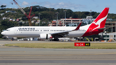 ZK-ZQF - Boeing 737-838 - Qantas (Jetconnect)
