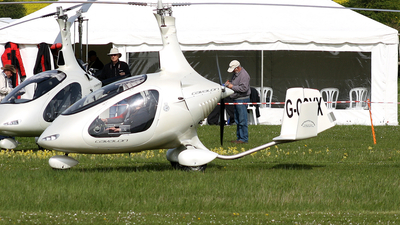G-CGYX - Rotorsport UK Cavalon - Private