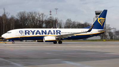 A picture of 9HQEM - Boeing 7378AS - Ryanair - © Łukasz Stawiarz