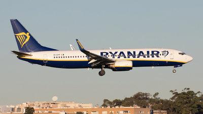 A picture of EIDYP - Boeing 7378AS - Ryanair - © Diogo Vicente