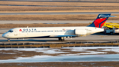 N938AT - Boeing 717-2BD - Delta Air Lines