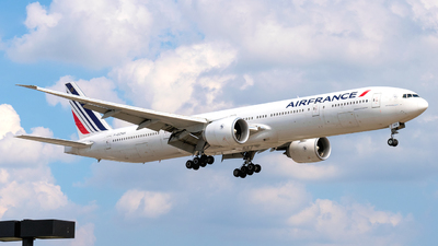 F-GZNH - Boeing 777-328ER - Air France