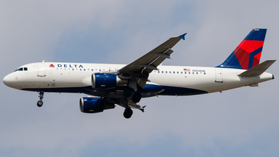 N355NW - Airbus A320-212 - Delta Air Lines