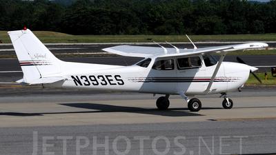 N393ES - Cessna 172R Skyhawk - Private