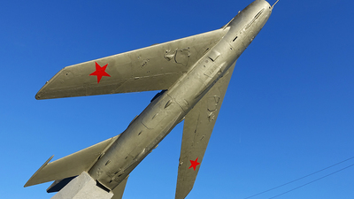 - Mikoyan-Gurevich MiG-19 Farmer - Soviet Union - Air Force
