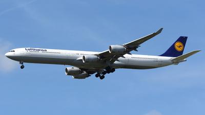 D-AIHY - Airbus A340-642 - Lufthansa