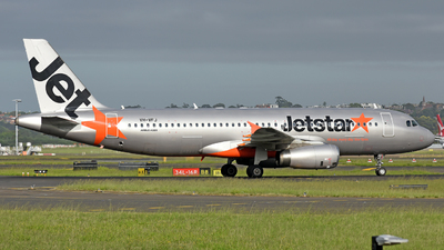 VH-VFJ - Airbus A320-232 - Jetstar Airways