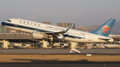 B-8989 - Airbus A320-214 - China Southern Airlines