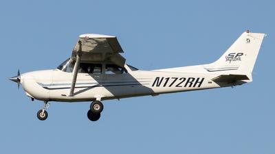 N172RH - Cessna 172S Skyhawk - Private