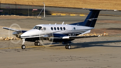 ZS-PLL - Beechcraft B200 Super King Air - Private