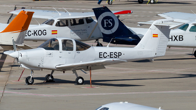 EC-ESP - Piper PA-38-112 Tomahawk - Private