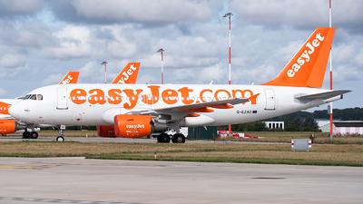A picture of GEZAO - Airbus A319111 - easyJet - © Karam Sodhi