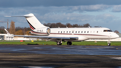 A picture of CSGLZ - Bombardier Global 5000 - NetJets - © J.Evrard-AirTeamImages