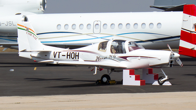VT-HOH - NAL Hansa III - Private
