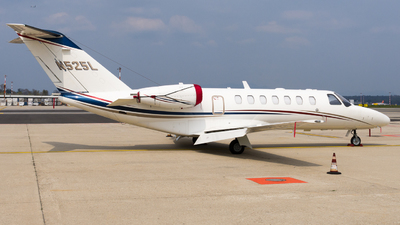 N525L - Cessna 525B CitationJet 3 - Private