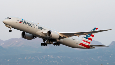 A picture of N827AN - Boeing 7879 Dreamliner - American Airlines - © Luis Bastardo
