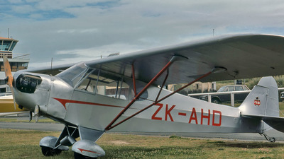 ZK-AHD - Piper PA-18 Super Cub - Private