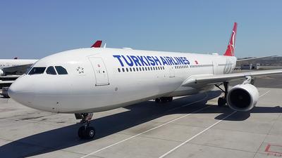 TC-LOJ - Airbus A330-343 - Turkish Airlines