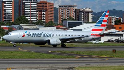 A picture of N970AN - Boeing 737823 - American Airlines - © César Vielman